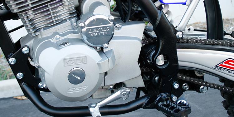 SSR Motorsports SR150 150cc Dirt Bike